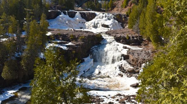 spring hiking gooseberry falls