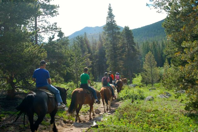 colorado horse trail ride