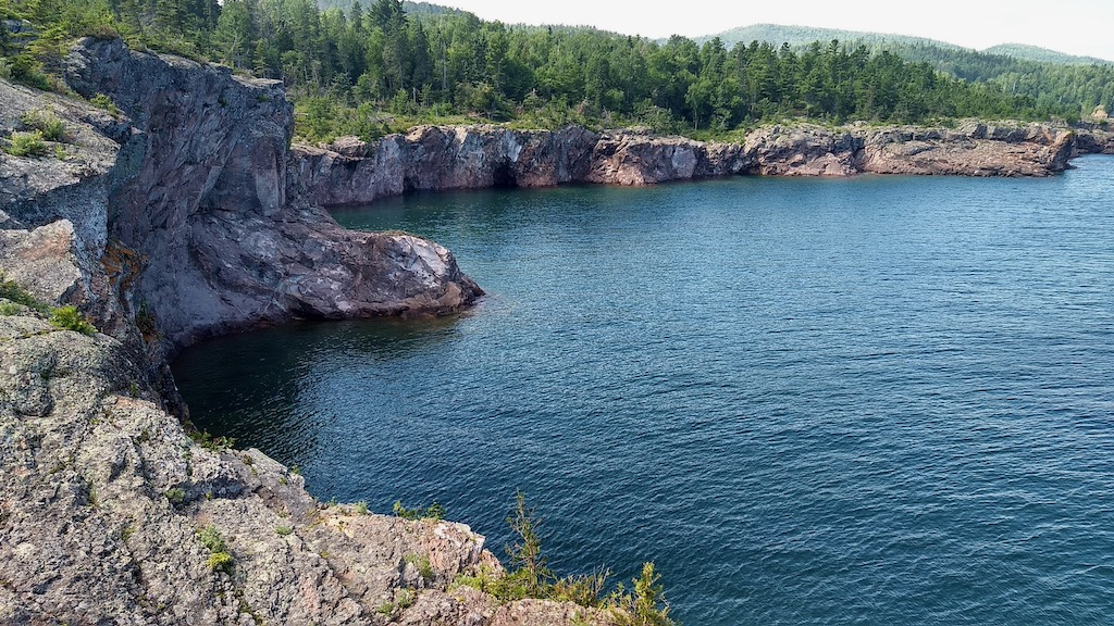 lake superior at tettegouche